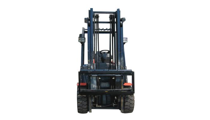 Forklift attachment fork positioner with side shift