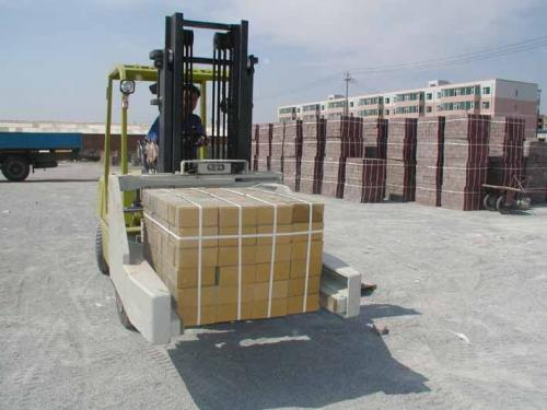 Bricks forklifts operating conditions 1